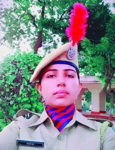 Saroj Mahila